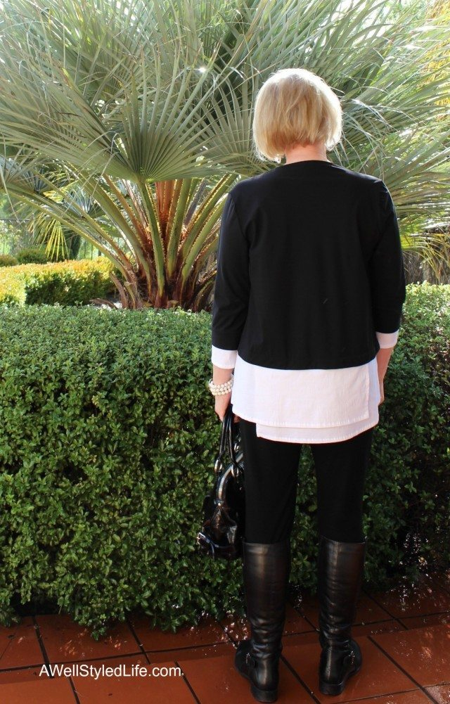 The tunic length is perfect for wearing with skinny pants or leggings.