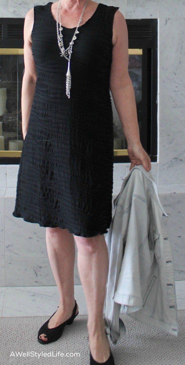 photo Dressing For Your Body Shape – Short Men: Key Pieces