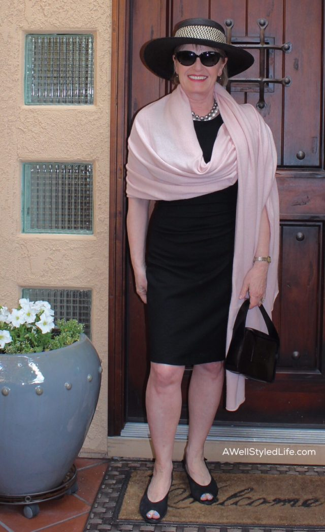 I love the combo of blush pink and black