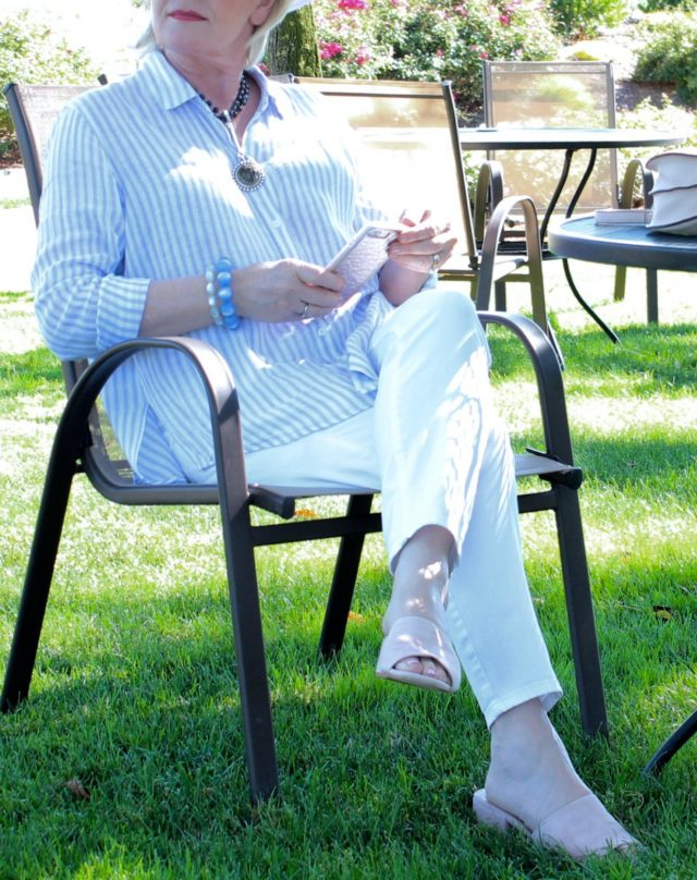 Jennifer Connolly of A Well Styled Life wearing stripes and linen