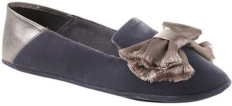Italian Velvet slippers from Banana Republic on A Well Styled Life