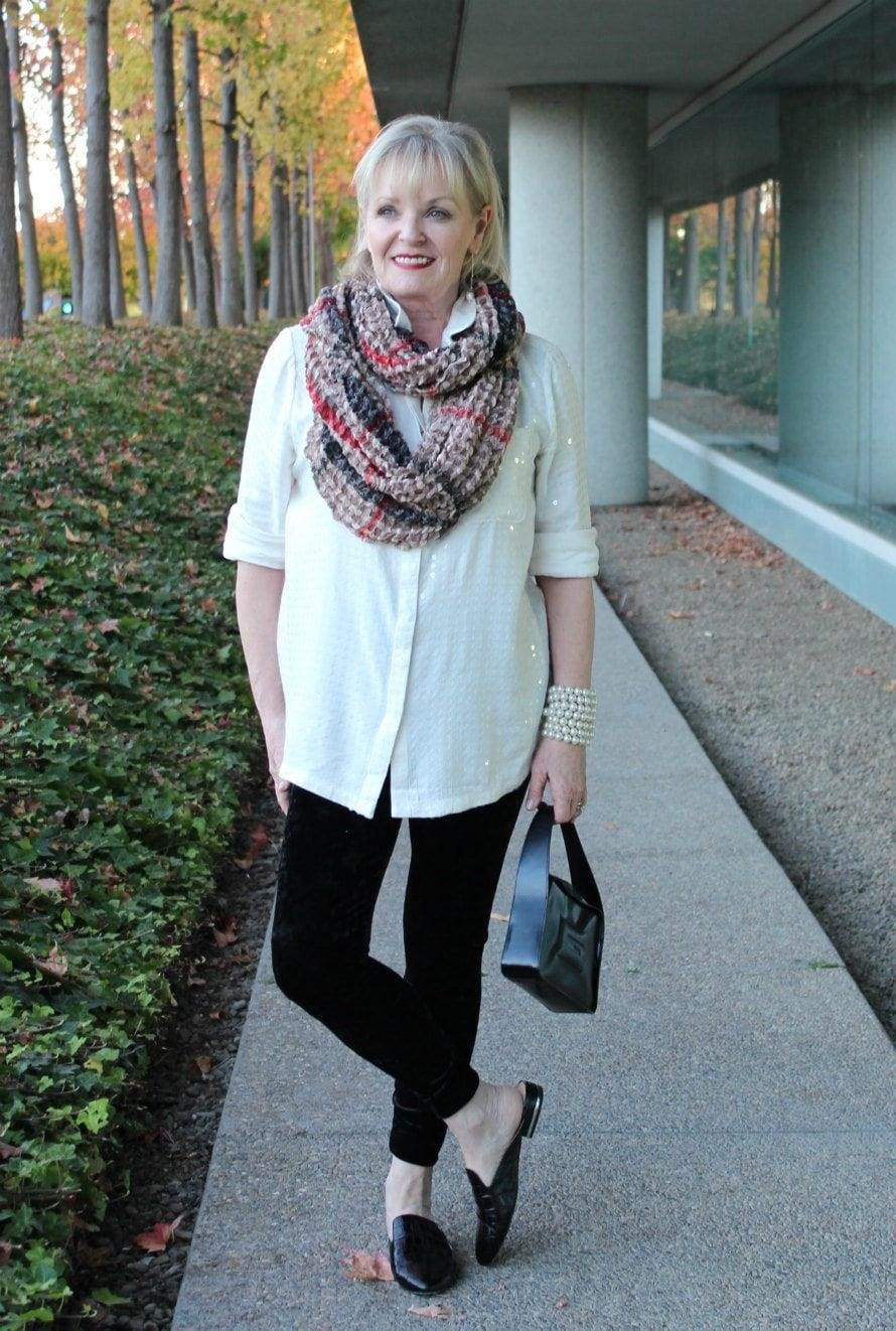 Jennifer Connolly of A Well Styled Life wearing casual luxe for holidays