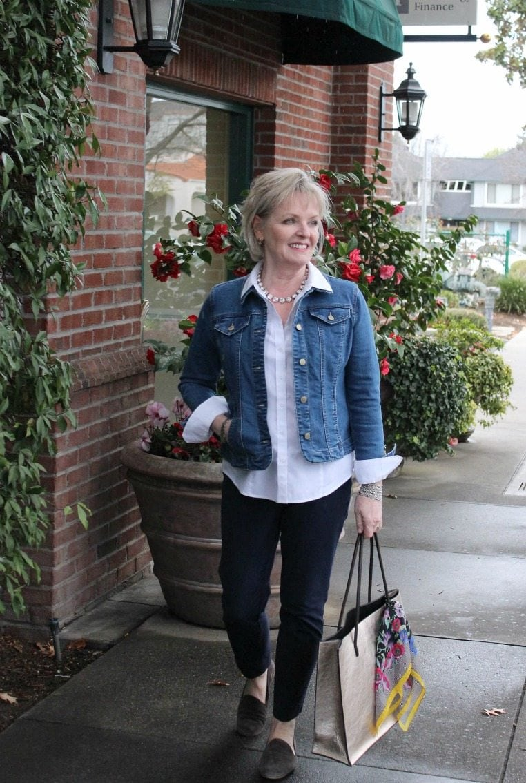 Jennifer Connolly of A Well Styled Life wearing denim jacket from Macy's