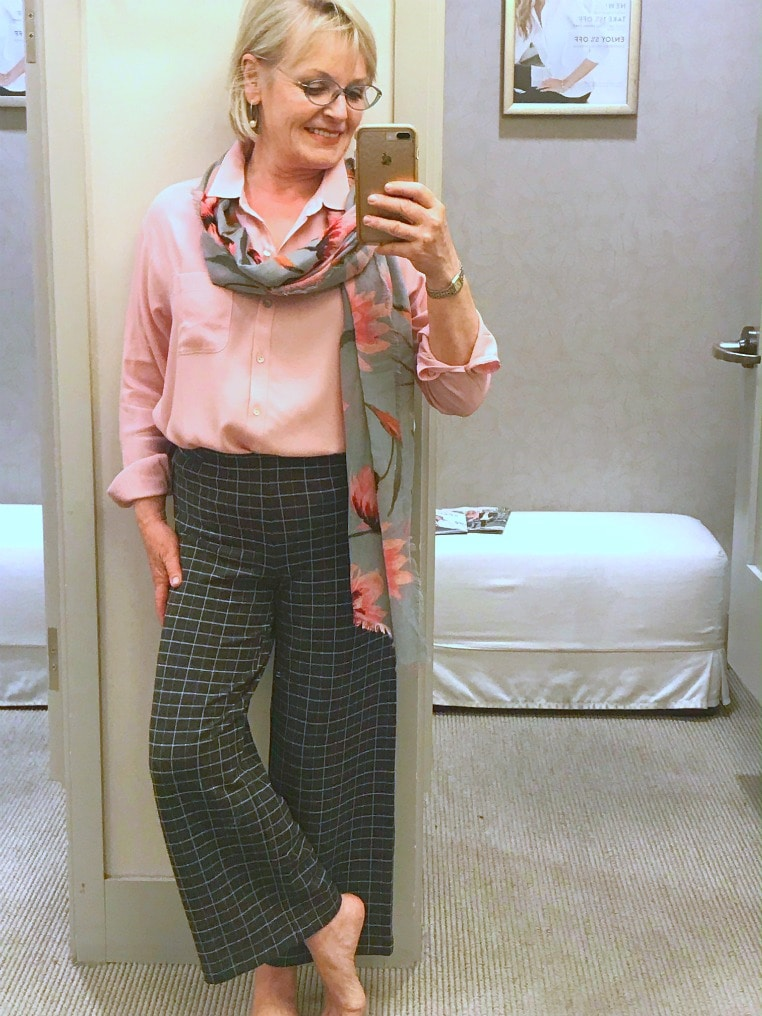 Jennifer Connolly of A Well Styled Life modeling J.Jill clothes