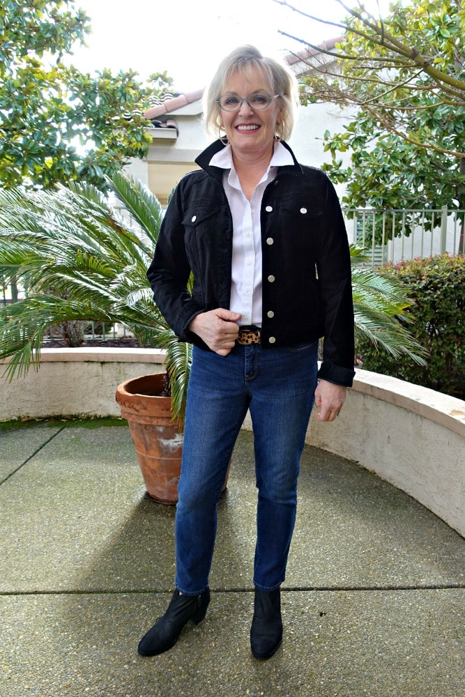 Jennifer Connolly of A Well Styled Life wearing leopard belt from J.Crew, Black jean jacket from anthropologie and white shirt from Talbots