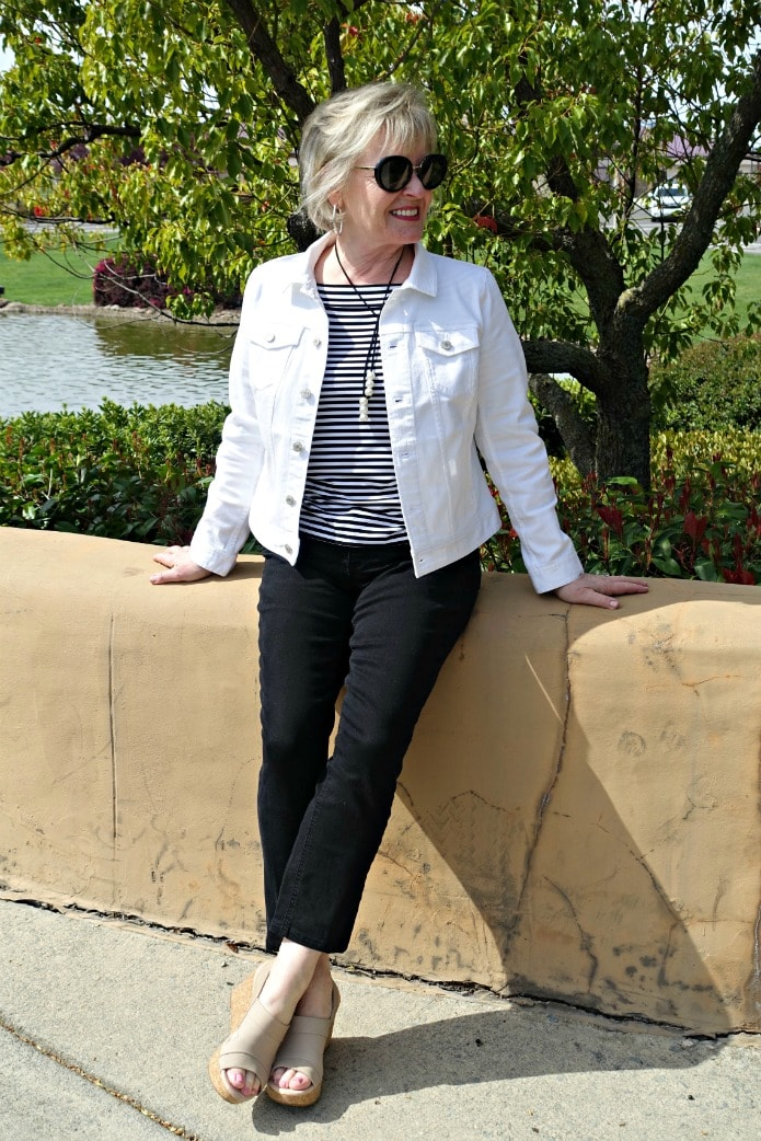 Jennifer Connolly of A Well Styled Life wearing spring look in black and white