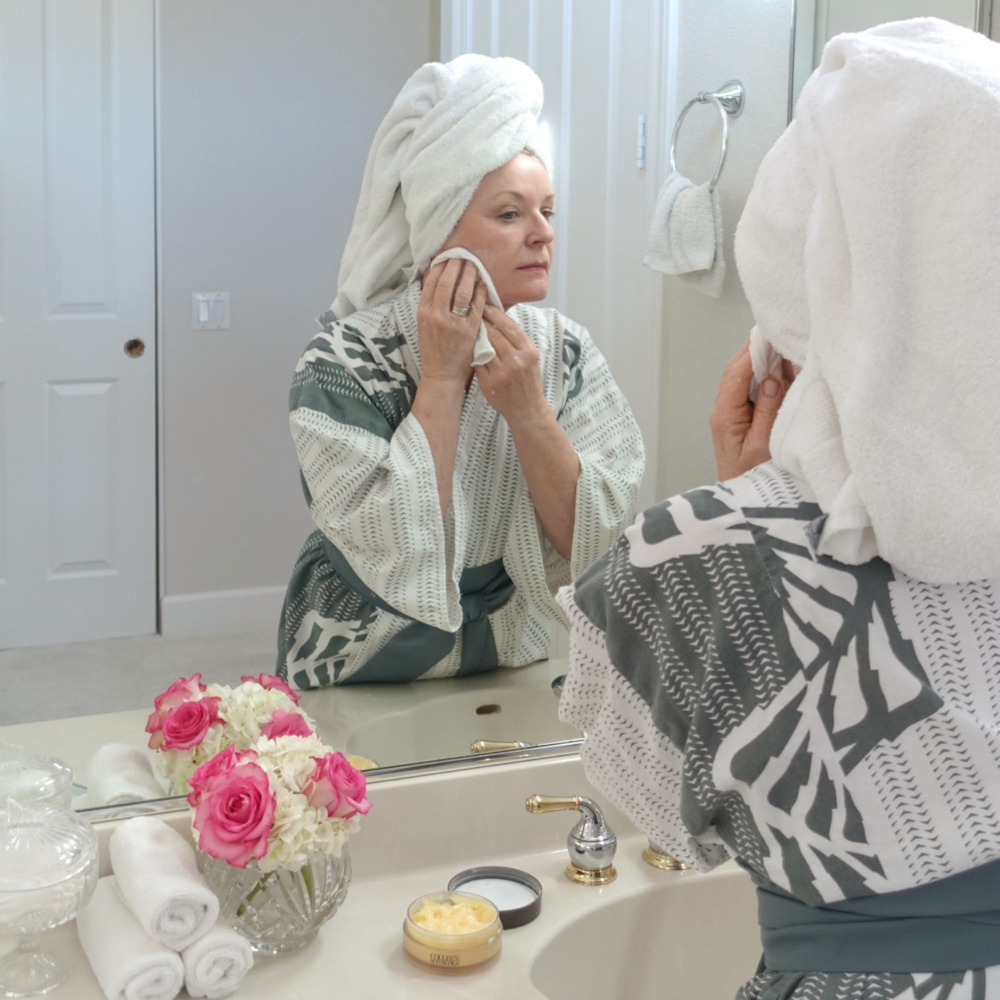 Jennifer Connolly of A Well Styled Life using Colleen Rothschild radiant cleaning balm