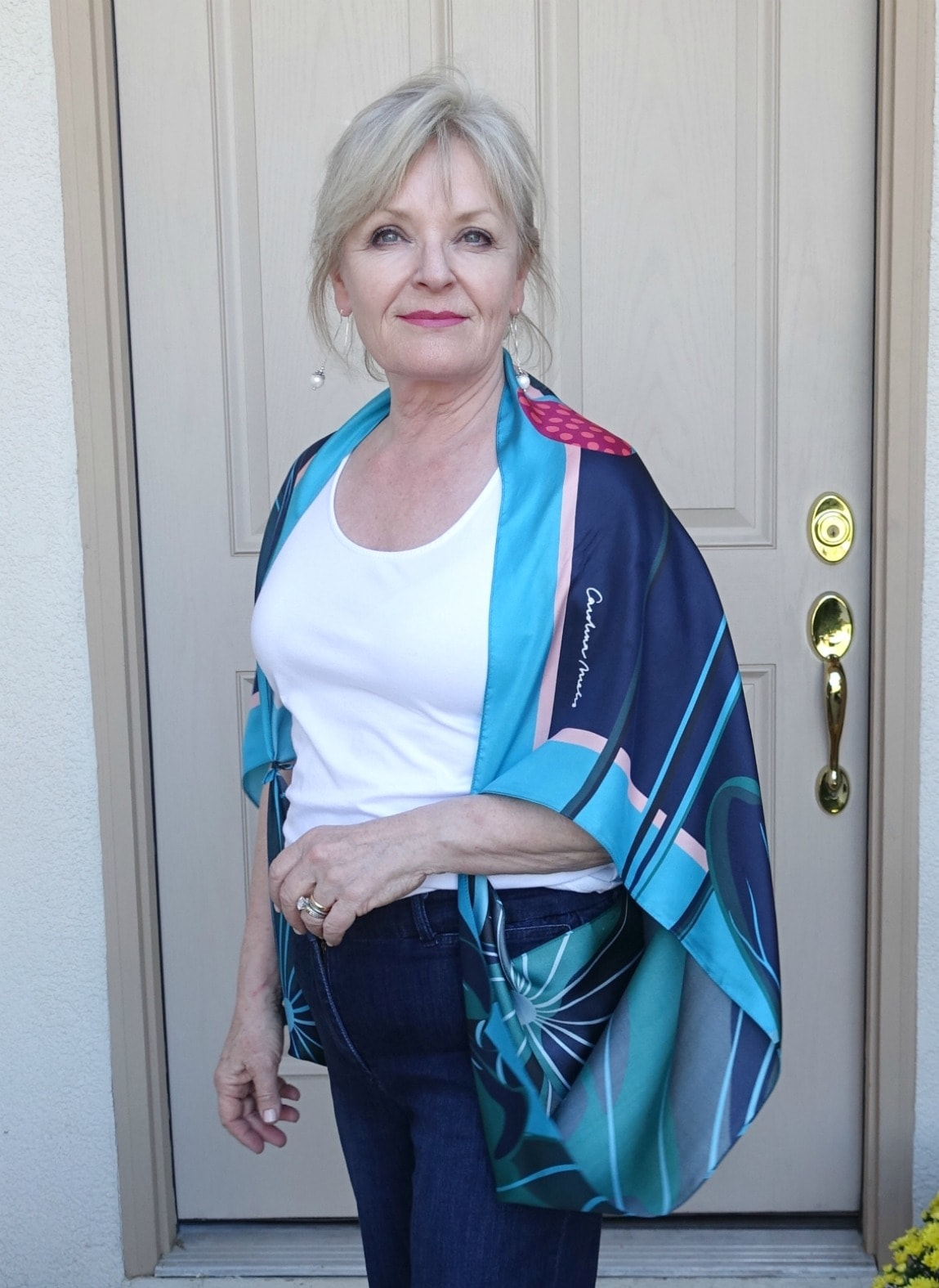 Jennifer Connolly on A Well Styled Life wearing silk scarf as a cocoon wrap
