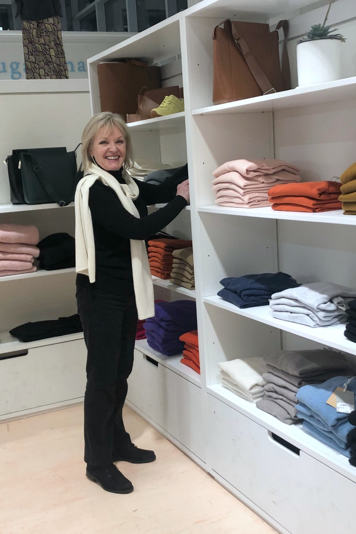 Jennifer Connolly of A Well Styled Life shopping Everlane popup in Nordstrom Vancouver