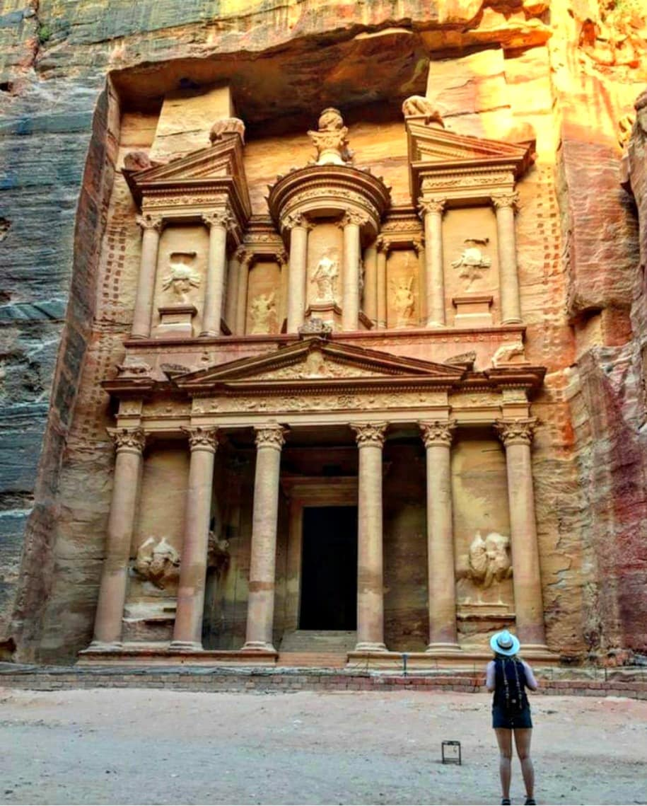 Vanessa in The Lost City of Petra, Jordan (carrying the Herschel backpack)