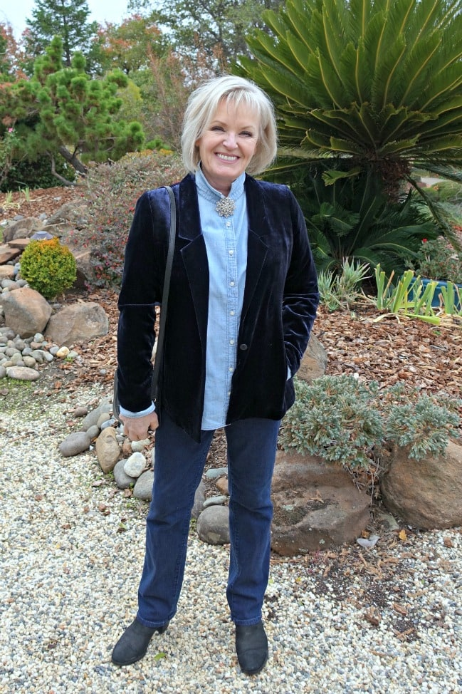Jennifer Connolly of A Well Styled Life in navy velvet blazer, chambray shirt and denim