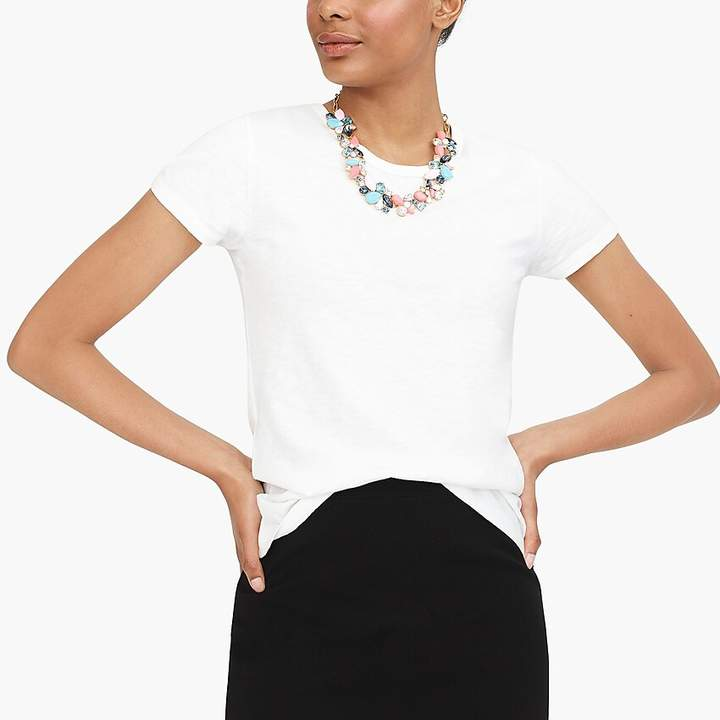 How to Find The Perfect White T-Shirt for Your Body Shape