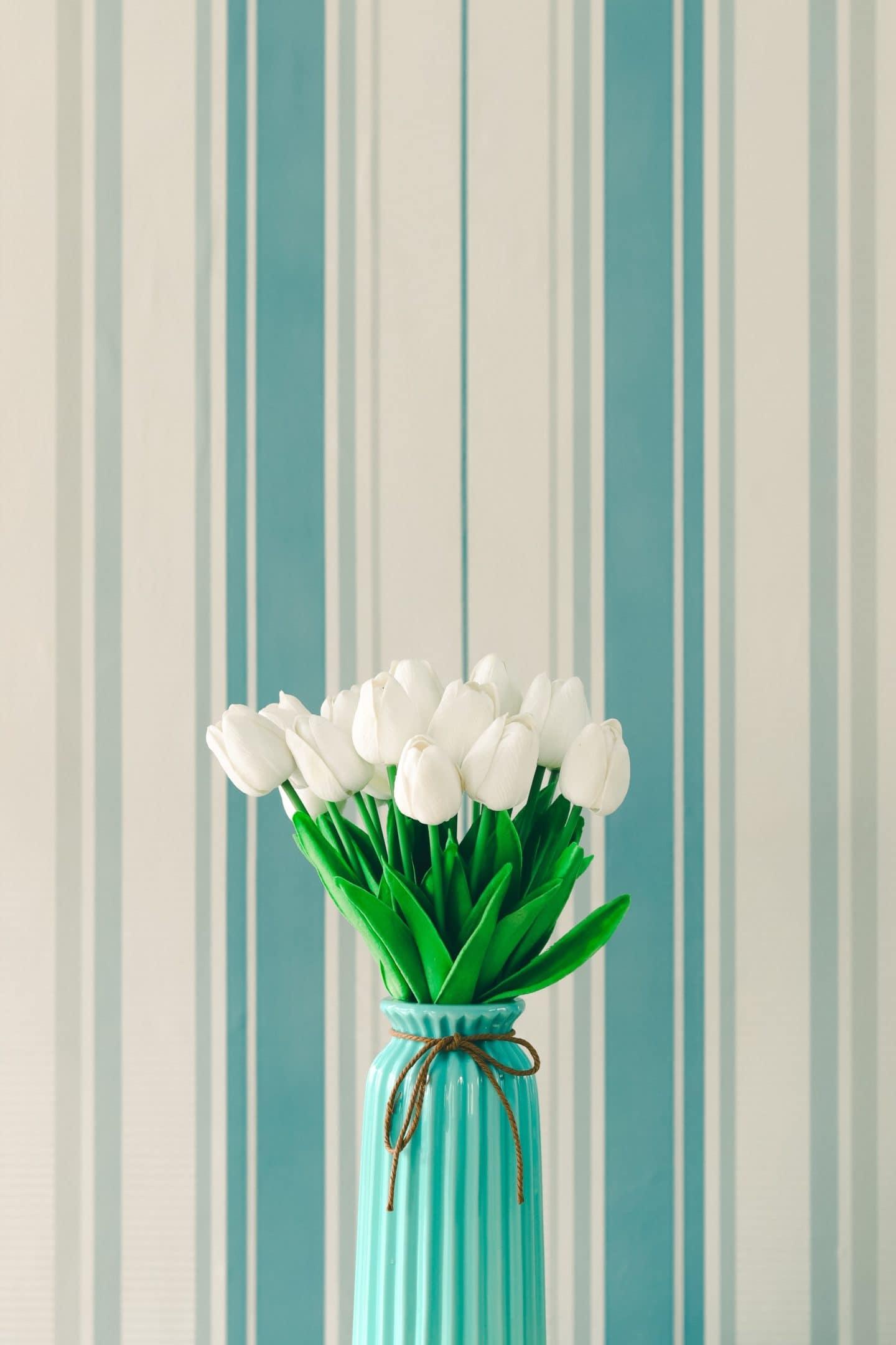 Monday Musings: White Stripes