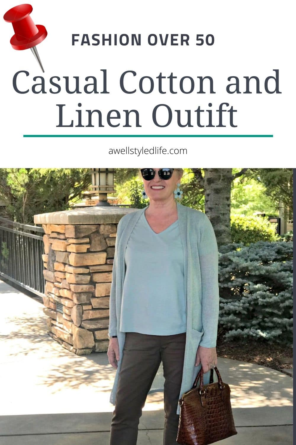 casual cotton and linen outfit on Over 50 style blogger Jennifer Connolly