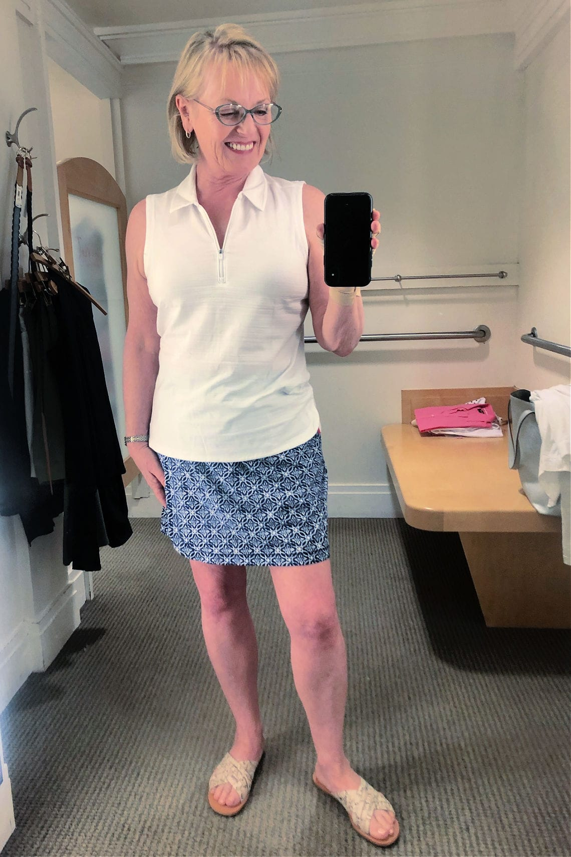 Jennifer Connolly wearign T Talbots skort and tank
