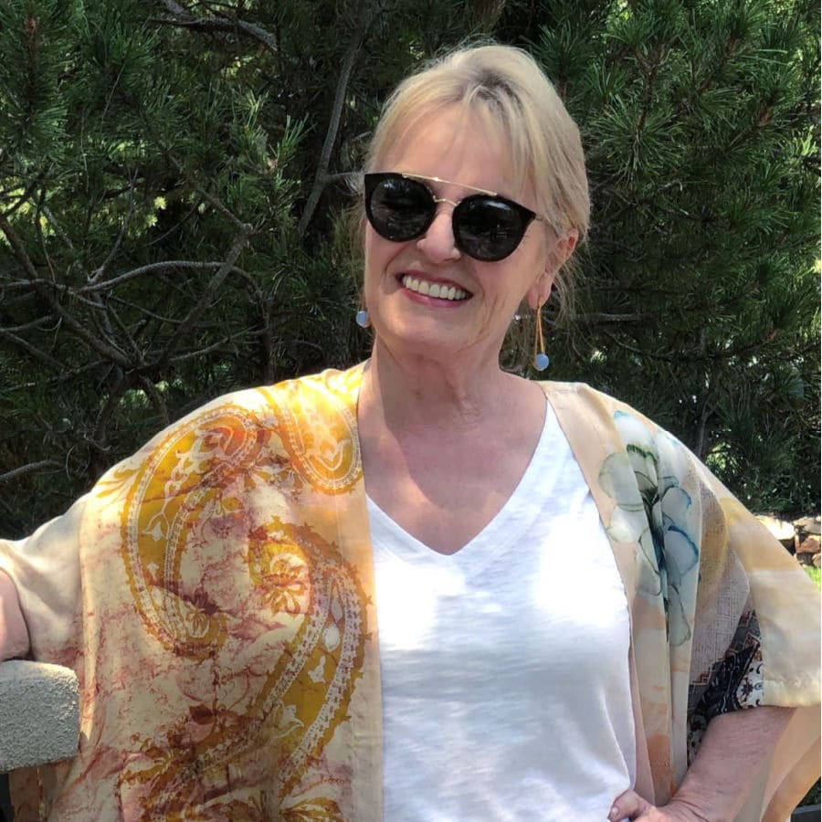 Jennifer Connolly wearing blue topaz Ipanema earrings by Dean Davidson