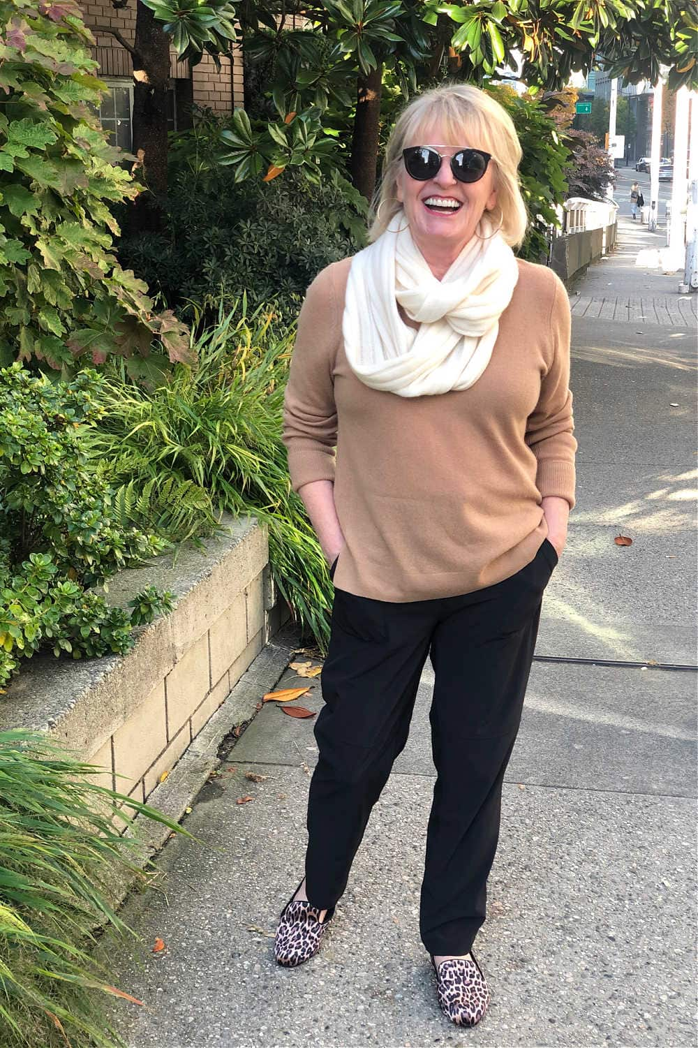 halogen cashmere scarf and sweater with caslon slippers and zella black pants