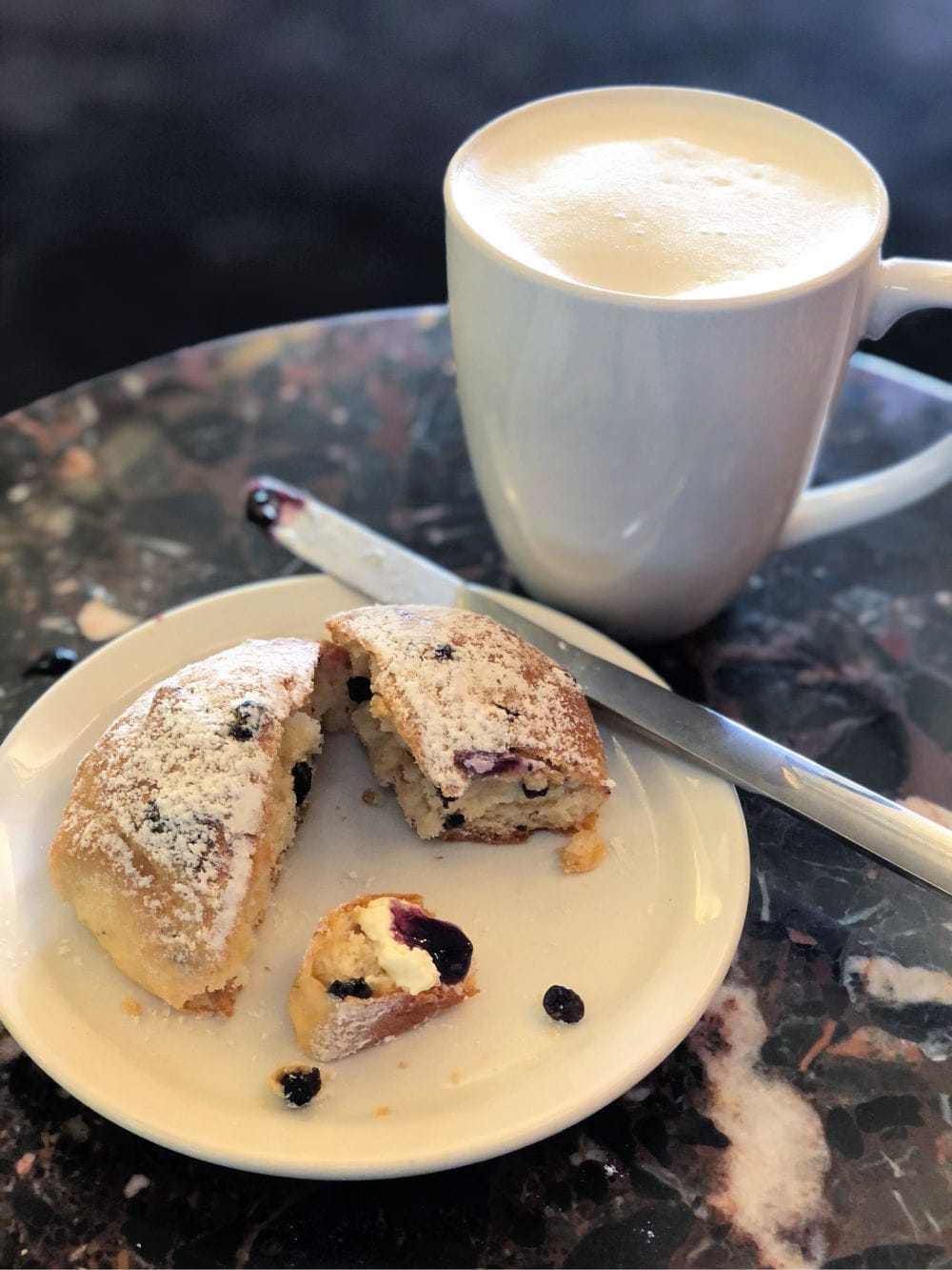 tea and scone at Murchies
