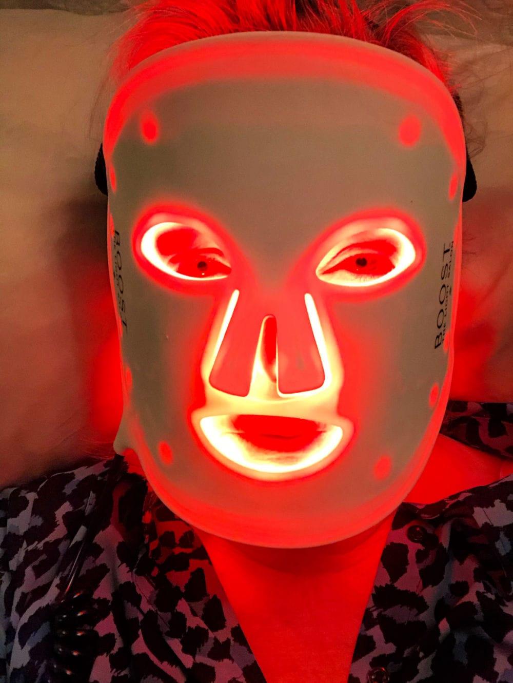 jennifer of a well styled life using the light salon led mask