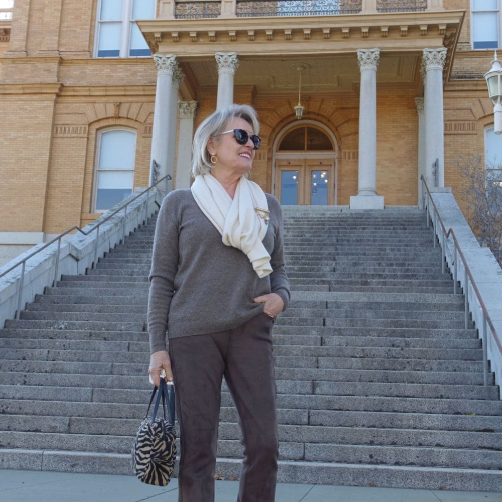 Monday Musings & A Neutral Outfit With Texture