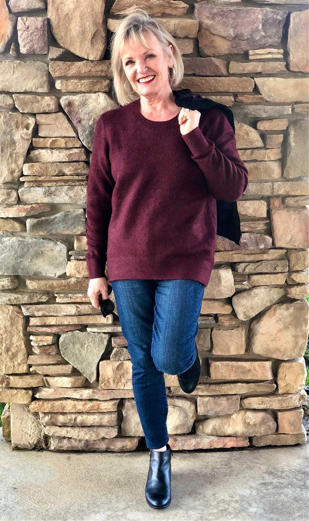 fashion blogger jennifer conolly wearign burgundy sweater by Liverpool Los Angeles