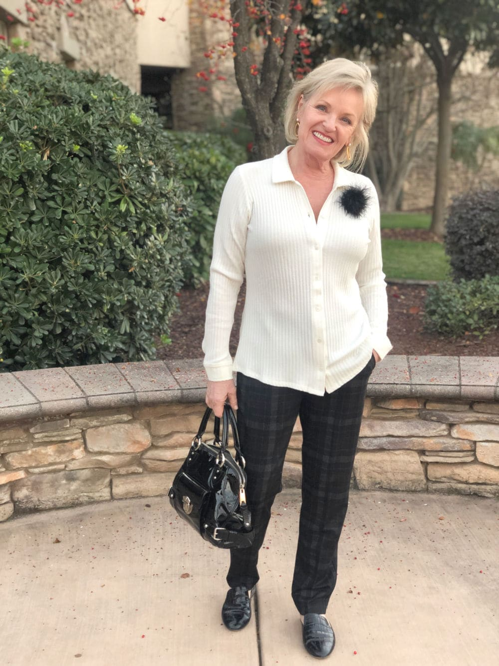 jennifer connolly of a well styled life wearing liverpool los angeles white top and plaid pants